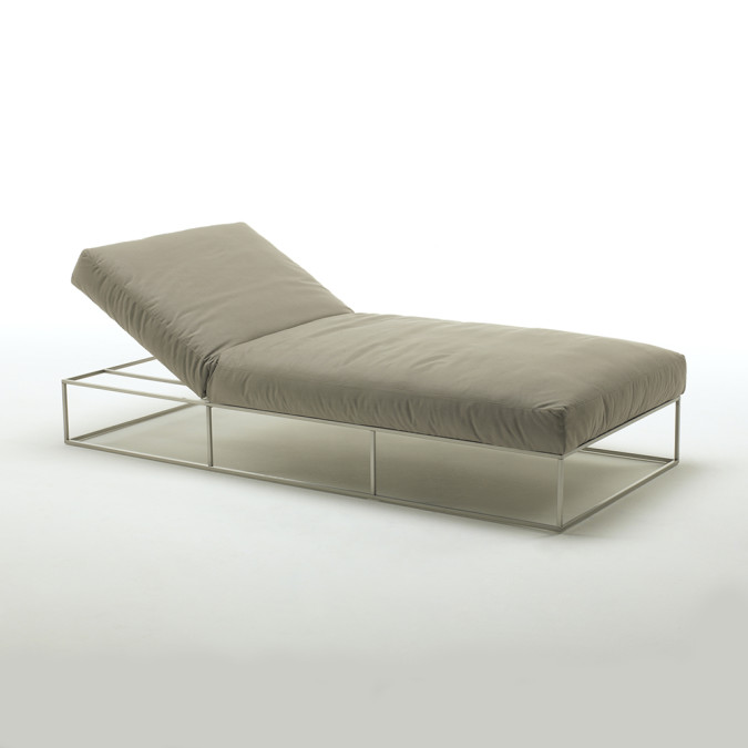 Ile Club Day Bed
